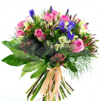 Букет из Альстромерий, Роз , Ирисов и зелени
